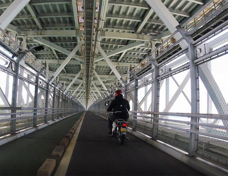 因島橋の内観3