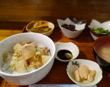 大三島のランチにおすすめ「きつねのぼたん」さん。きつののぼたん のなめろう丼定食が絶品!と評判